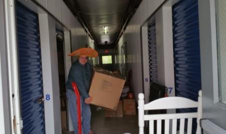 The Moving Amigo