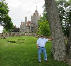 Jim in front of the castle
