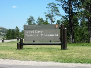 Entrance to Jewel Cave NM