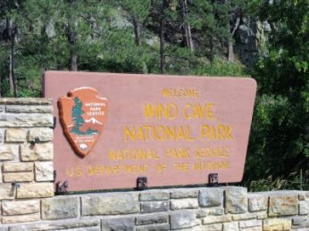 Wind Cave NP entrance