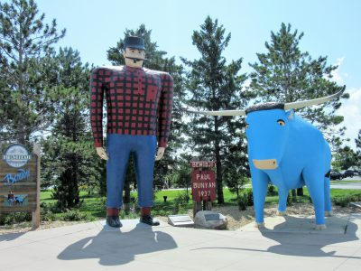 Paul Bunyan and Babe statues in Bemidji
