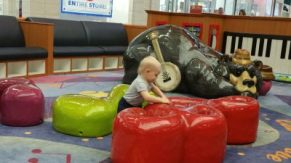 Hershel playing at the mall